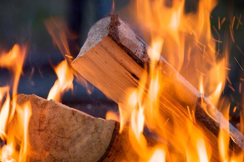 Comment traiter les odeurs qui se dégagent d'un poêle à bois ?
